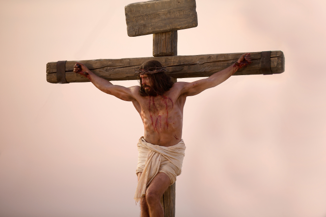 jesus-on-the-cross-1138638-gallery.jpg
